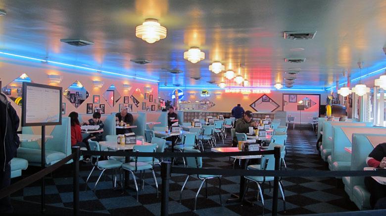 Rockabilly Diner Memphis decor Diner