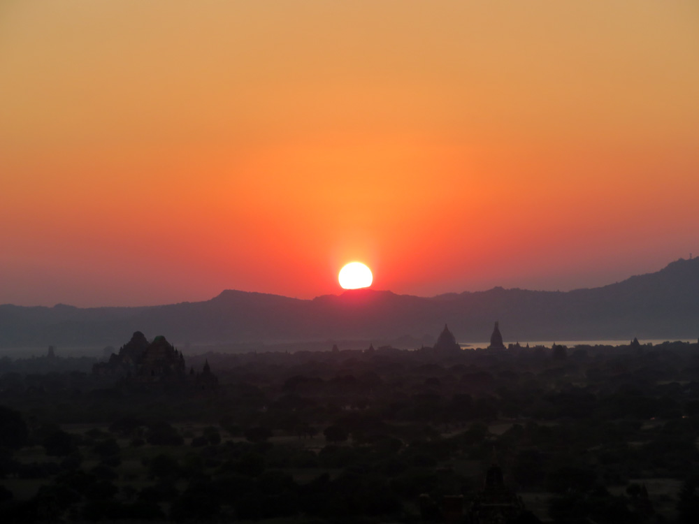 sunset Bagan Amawaterways Cruise Myanmar
