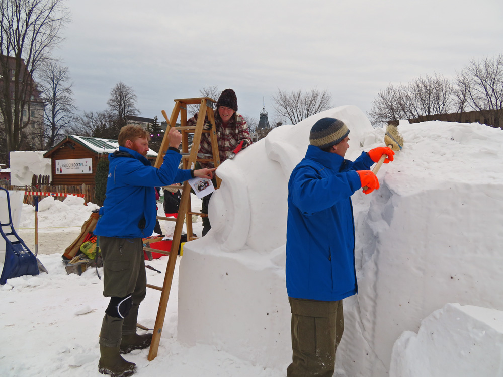 Joyeux Carnaval snow sculpting team from BC