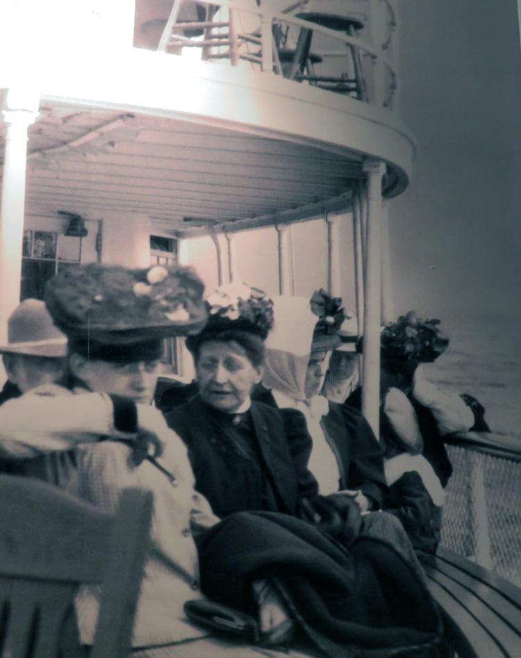 Finding Our Muskoka Soul - old photo of Segwun passengers