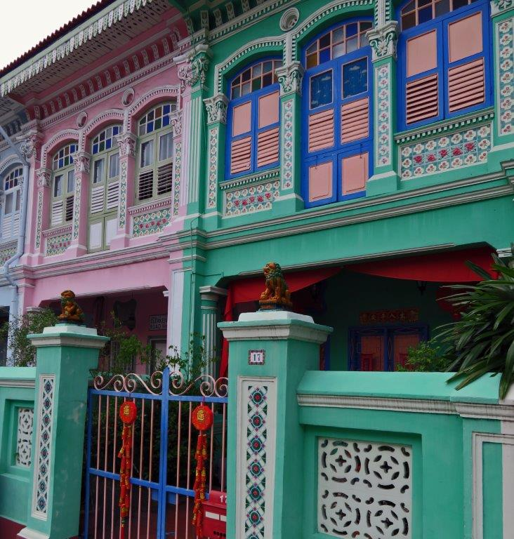 beautifully decorated Peranakan house in blues and pinks in Singapore citizens make up many ethnic groups – Chinese, Malay, Indian, British, Arab, and more. There are distinct areas of the city which have strong cultural ties to each of these communities.