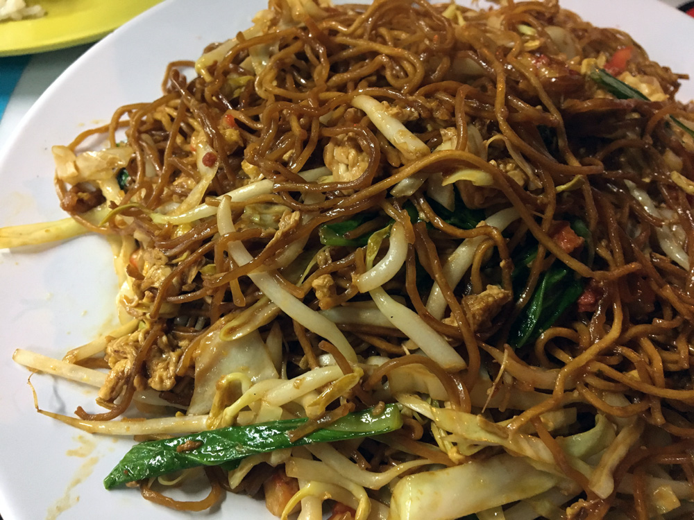 plate of noodles in Singapore-Dining capital of Asia